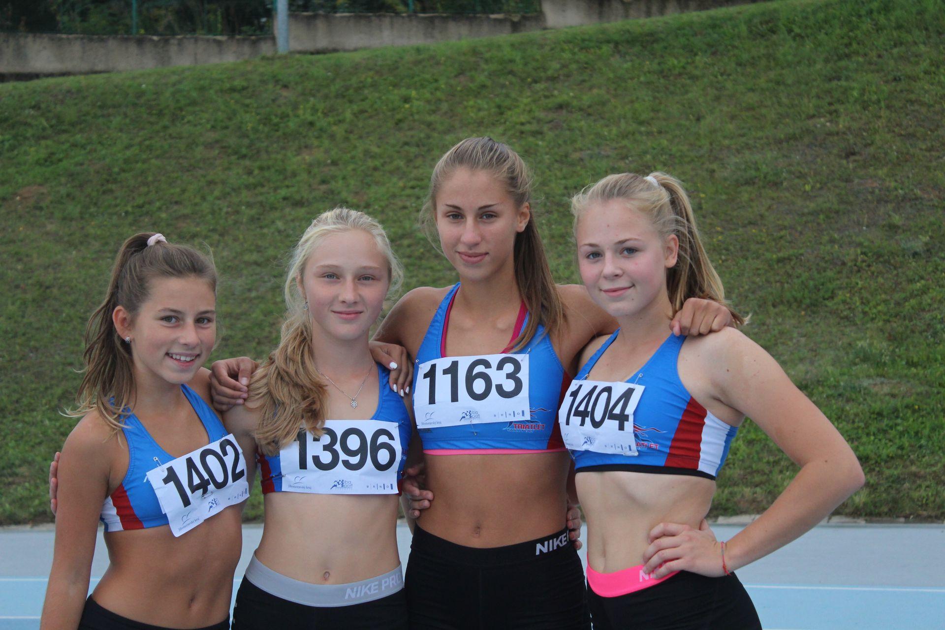 Děvčata z TriatletKV